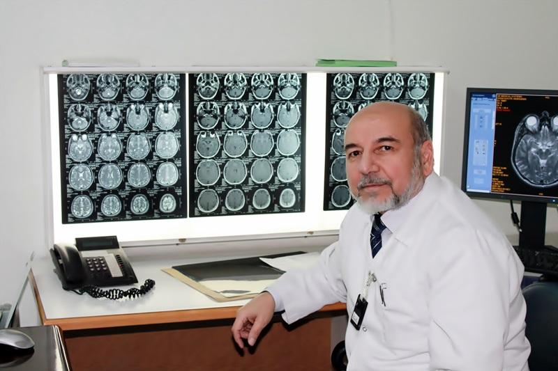 دكتور  يوسف نصار أخصائي الأشعة