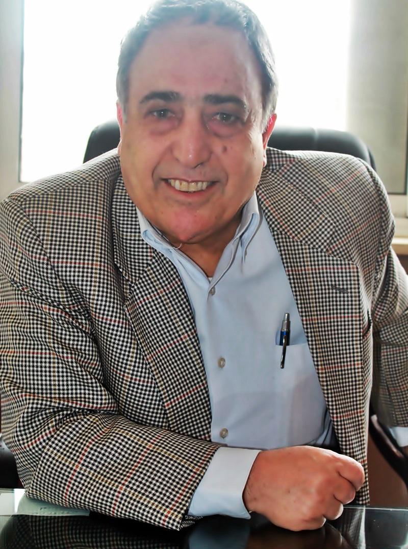 دكتور  حسين موسى جراح عام